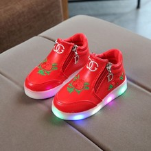 Hot Sale Children Glowing Shoes Kids Princess Girls Led Spring Autumn Cute pink Baby Sneakers Eu Size 21-36