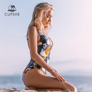 Image 2 - CUPSHE jesień kwiatowy głęboki dekolt jednoczęściowy strój kąpielowy Sexy głębokie dekolt kobiet Monokini 2020 dziewczyna strój kąpielowy stroje kąpielowe