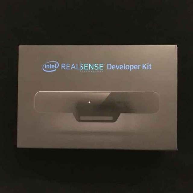 1 pcs x RealSense Camera SR300