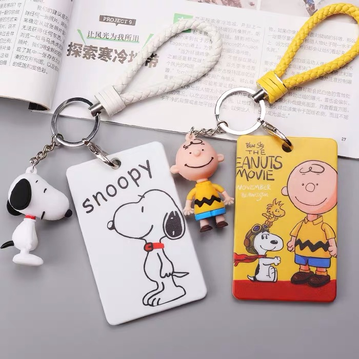Peanuts Rogue Dog Cartoon Retractable Badge Card Holder Nurse Doctor Exhibition Pull Key ID Name Card Badge Holder School Office
