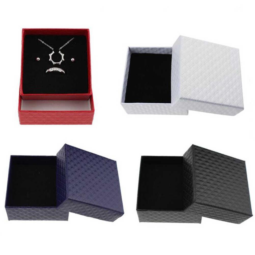 正方形リングネックレスイヤリングブレスレット結婚式の日付ジュエリーギフトボックス繊細なソリッドカラージュエリーボックス高品質卸売