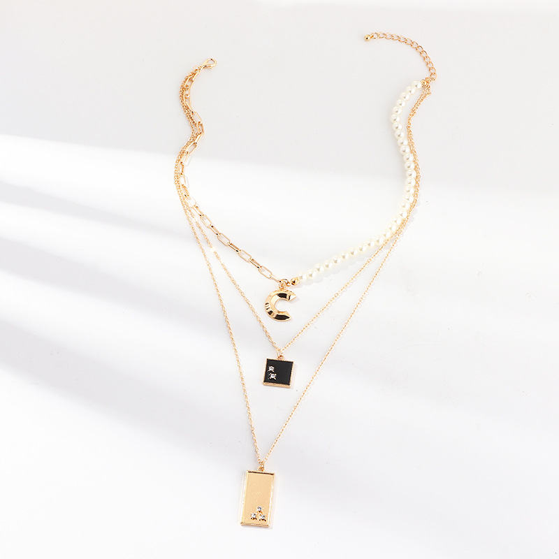 Simple Square Crescent Gold Chain Pendant Necklace Fashion Necklaces for Women 2020 Statement Jewelry Pearl Layered Necklace