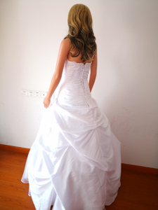 Image 3 - Classic Taffeta A Line In Stock Wedding Dress With Flowers Sweetheart Garden Bridal Gown Floor Length