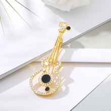 Fashion Rhinestone Music Note Guitar Brooches Pins Jewelry For Women Gifts Broches Suit Bag Collar Brooches for Women Badge Suit stunning rhinestone music note guitar shape hollow out bracelet for women