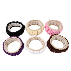 Image 4 - 37cm Personalized Leopard Print Car Steering Wheel Cover Plush Silvery Steering Covers Accessories Auto Upholstery Supplies