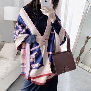 Image 5 - Luxus Winter Kaschmir Schal Für Frauen Warme Pashmina Schals und Wraps Mode Kette Tier Print Tuch Schals Für Dame 2019