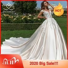 Aplikacje 3D kwiat suknia ślubna Swanskirt luksusowa suknia balowa Sweetheart satynowa suknia ślubna Illusion księżniczka Vestido de Noiva F196