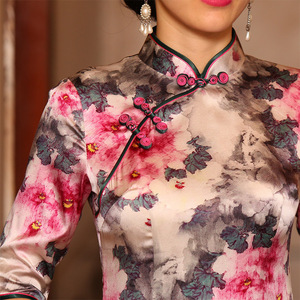Image 2 - 2019 Sale Vestido De Debutante New Silk Cheongsam Skirt Slim Stand Collar Middle Sleeve Diagonal Fashion Elegant Temperament
