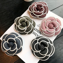 Vintage Korean High-grade Flower Camellia Brooches Pins Fabric Floral Classic Lapel Pin Brooch Gifts Women Jewelry Accessories