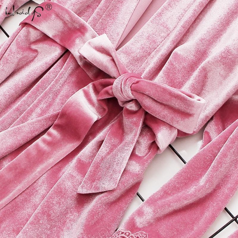 2019 Gold Velvet Robe & Gown Sets 3-6 Pieces Warm Winter Pajamas Sets Women Sexy Lace Robe Pajamas Sleepwear Nightwear Homewear 50