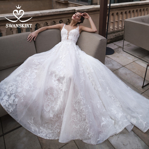 Image 2 - Vestido De Noiva Appliques Lace A Line Wedding Dress 2020 Sweetheart Sleeveless Court Train Crystal Bridal Gown Swanskirt K183