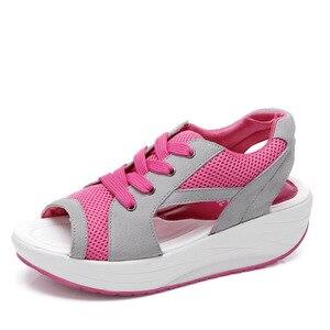 Image 2 - Cowcom boca de verão fundo grosso sapatos de balanço sandálias casuais pinho sapatos femininos moda esportes casuais sapatos de pano CYL 2717