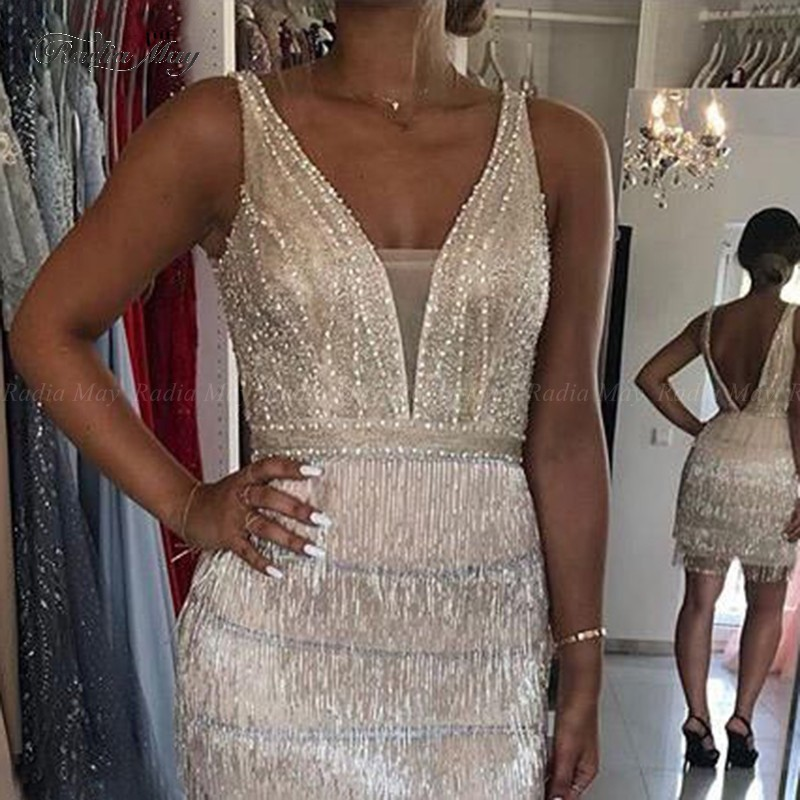 Sexy V-neck Champagne Beading Tassel Mini Cocktail Dresses 2019 Sheath Women Short Homecoming Dress Party Gowns