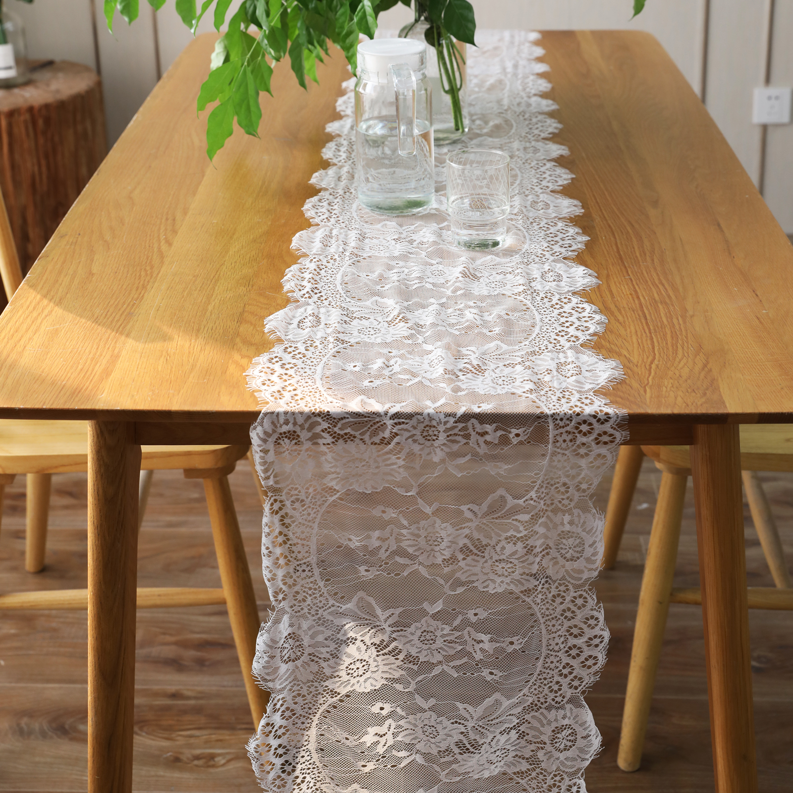 1pcs 35x300cm White Floral Lace Table Runner Black Table Cover Chair Sash for Banquet Baptism Wedding Party Table Decoration