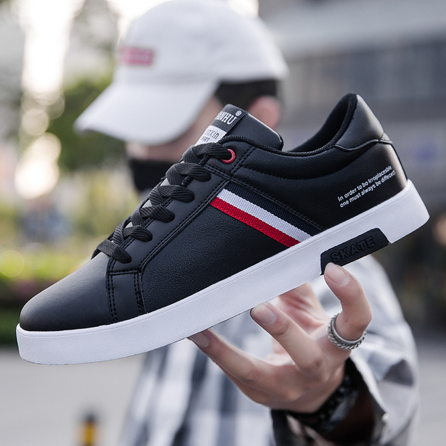 High Quality Brand Men Casual Shoes Hot Sale Spring Autumn New White Shoes Men Casual Breathable Fashion Casual Men Shoes Black