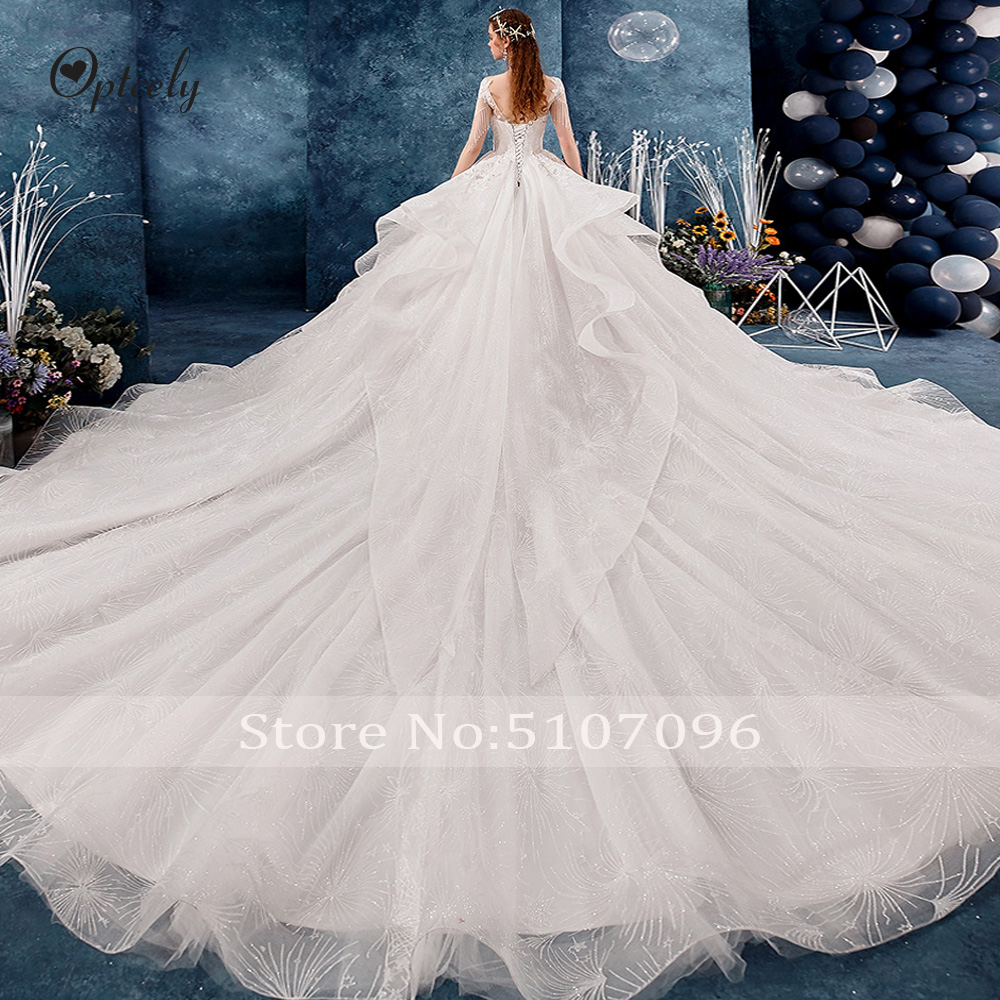 Image 2 - Optcely Fascinating O Neck Ball Gown Cap Sleeve Retro Wedding Dresses 2019 Lace Appliques Beading Long Train Gown Robe De SoireeWedding Dresses   -