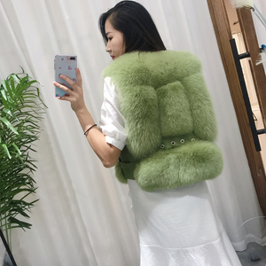 Image 2 - Gilet de fourrure de renard véritable, Design court, Gilets chauds à la mode avec Rivet en cuir, nouveauté 2020