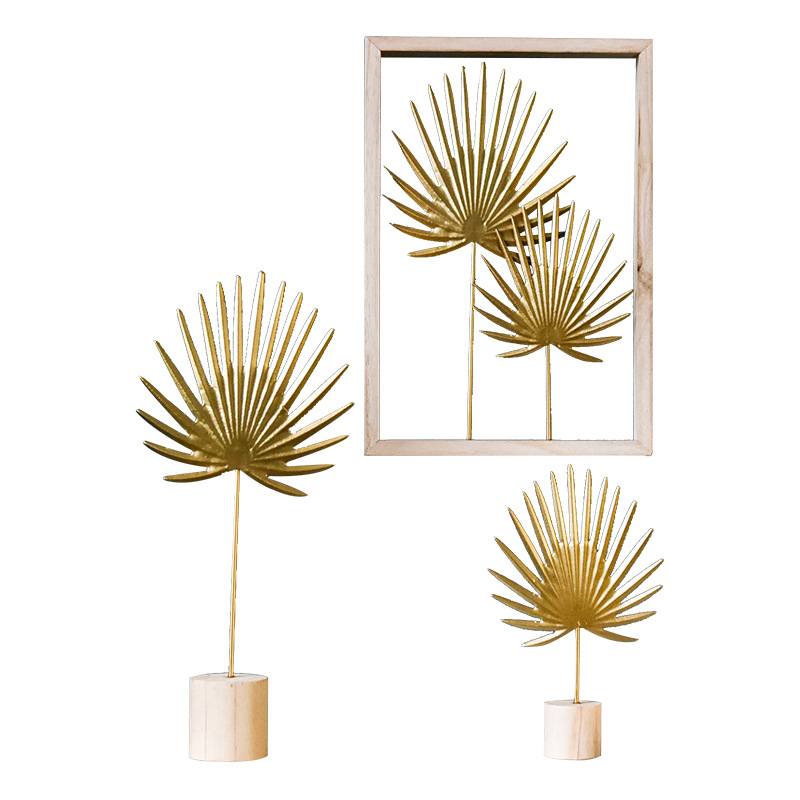 Nordic Gold Banana Leaf Ornaments Iron Wine Cabinet Table Room Window Home Decoration Crafts Gifts