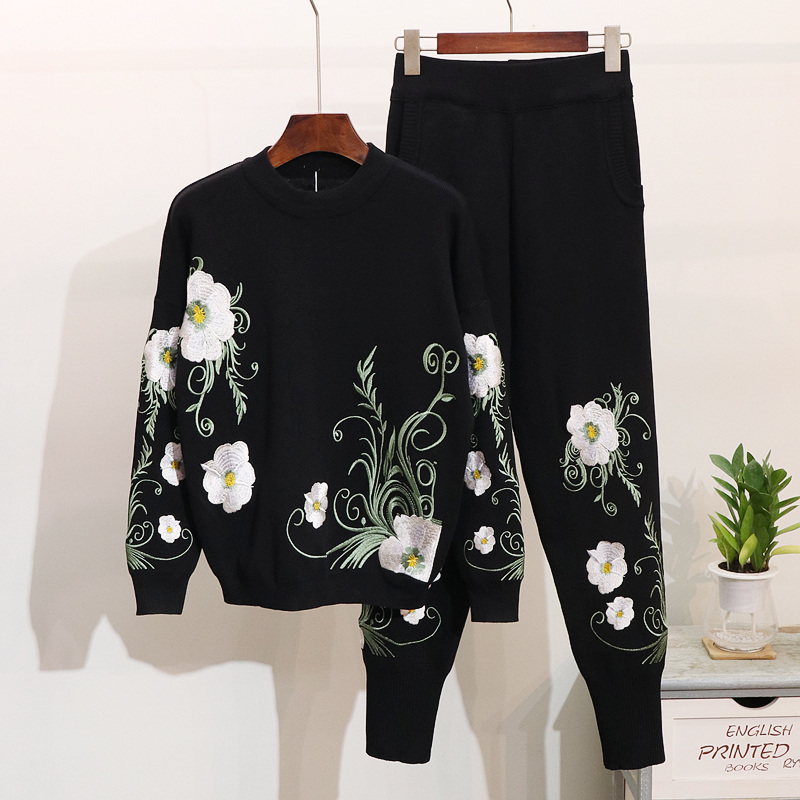 Fashion Tracksuit Women Vintage Knitted Two Piece Set Spring Autumn Sweater Top + Long Pants Floral Embroidery Woman Sportsuits