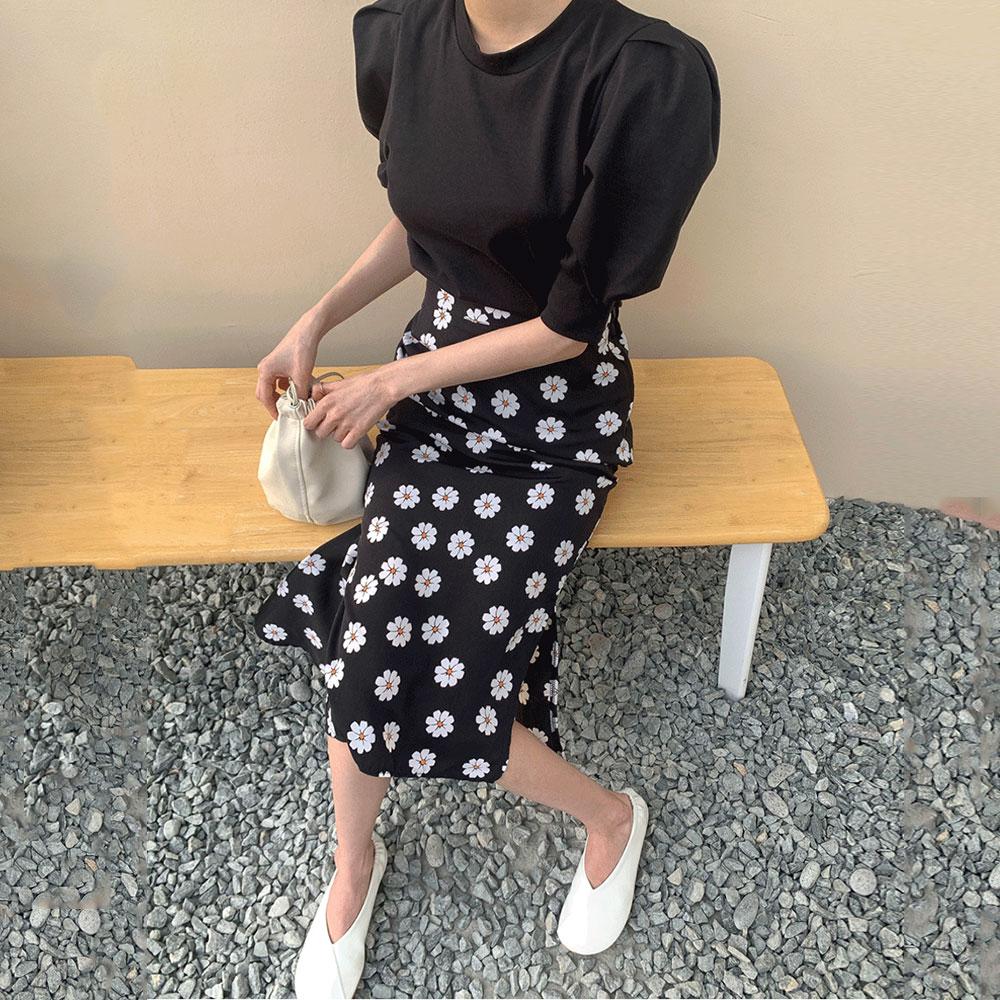 Round Neck Bubble Sleeve T-shirt+High Waist Split Small Daisy Fishtail Skirt Women 2020 Summer Fashion Two-piece Suit Sets BW138