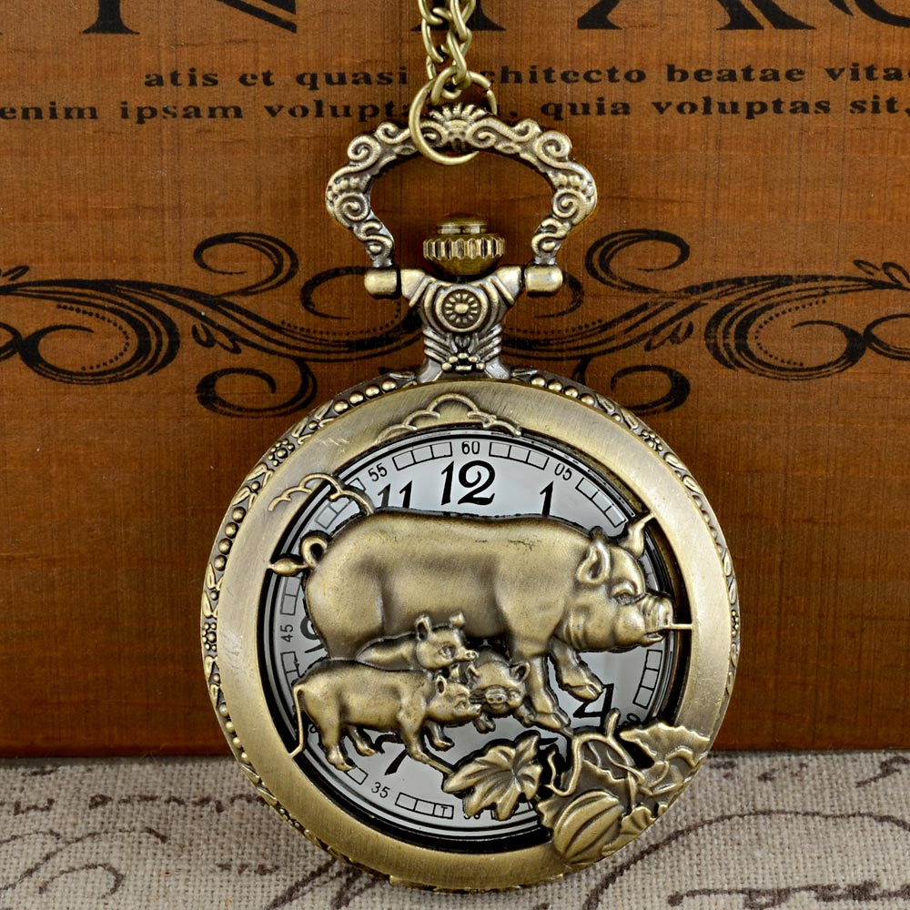 IBEINA Vintage Bronze Pig Graphic Quartz Pocket Watch With Chain Retro Men Women Classic Pendant Necklace Clock Gift