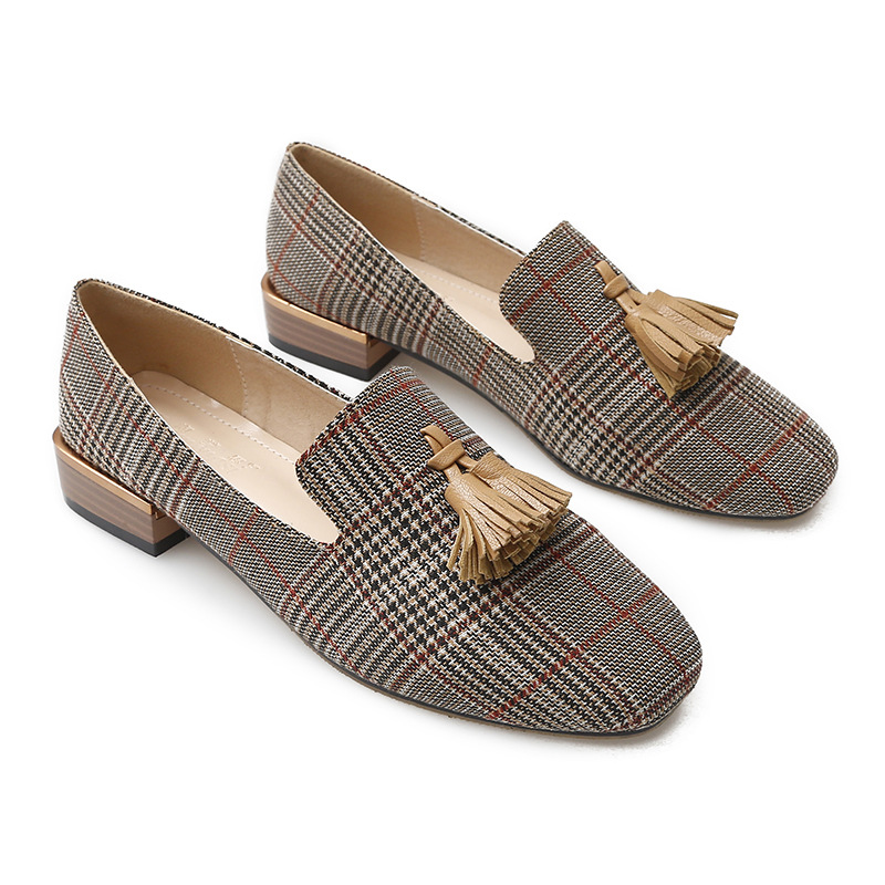 2020 New European And American Style Shoes Women Tide Fashion Plaid Tassel Wild Flats Large Size 33-43 Casual Shoes