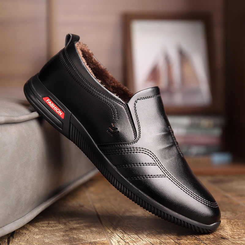 Fashion Men Leather Shoes Slip on Black Shoes Leather Loafers Mens Moccasins Casual Winter Shoes Men Zapatos De Hombre