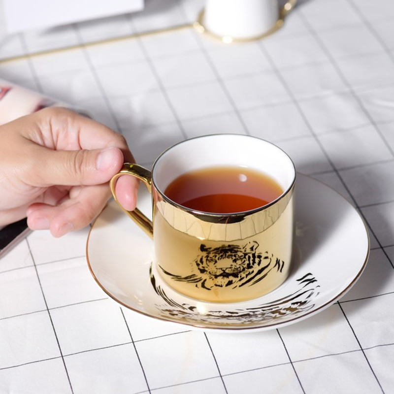 2020 Newest Creative Reflection <font><b>cup</b></font> Nordic cartoon Panda anamorphic <font><b>coffee</b></font> <font><b>cup</b></font> tiger The Mirror Collection mug birthday gift image