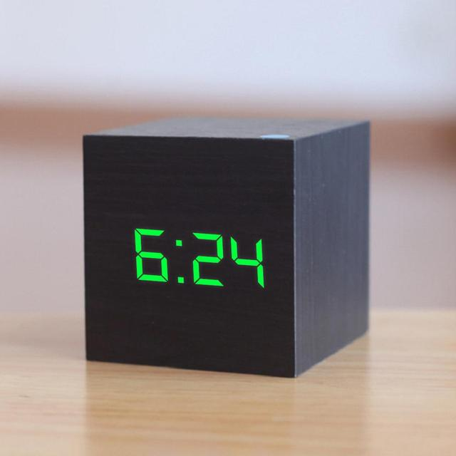 New Qualificato di Legno Digitale LED di Allarme Orologio di Legno Retro Glow Orologio Desktop Da Tavolo Decor Controllo Vocale Funzione Snooze Scrivania Strumenti 2