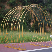 Nuovo arco di nozze in ferro battuto multi anello fiore ad arco cornice colorata di scena di sfondo decorazione puntelli arcobaleno piombo strada