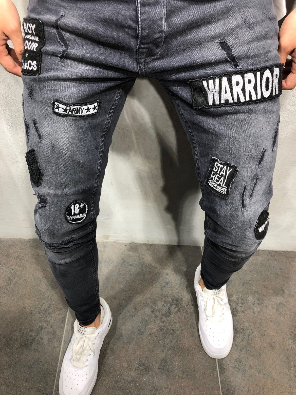 Fashion Jeans Men Trend Knee With Holes Zipper Skinny With Holes Hot Selling Men's Locomotive Pants