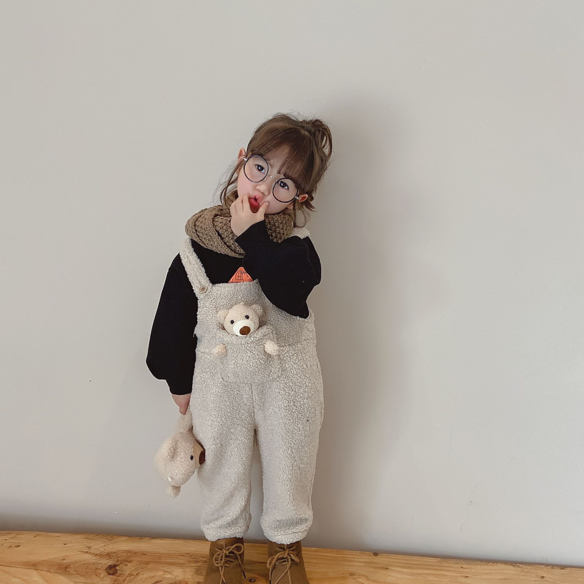 2020 Autumn Winter New Arrival Boys and Girls Warm Cashmere Overalls Kids Cute Overall with Bear 1