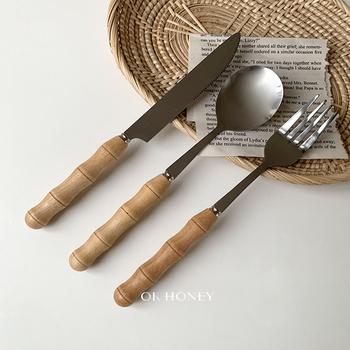 Kreatywne drewniane zestawy naczyń stołowych wielokrotnego użytku europejski stek sztućce widelec obiadowy nóż łyżka zestaw kuchnia Cubiertos zestawy obiadowe DF50C tanie i dobre opinie Mrs win CN (pochodzenie) Zachodnia Stałe Ekologiczne Fork Spoon Knife Set Łyżka widelec nóż zestaw CN(Origin) Western