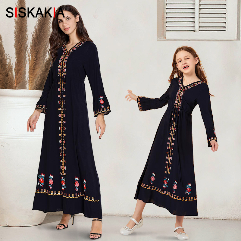 Mother And Daughter Clothes Dress Long Navy Blue Ethnic Embroidered Family Matching Outfits Flare Long Sleeve Girls