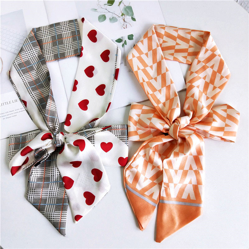 2020 New Cute Heart Letter Print Long Skinny Scarf Foulard Femme Women Kerchief Hair Head Spring Summer Satin Hijabs Scarves