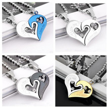 2 Pieces/Set Of Half Love Rhinestone Couple Pendant Necklace Personality Fashion All-Match Alloy Wedding Necklace Jewelry Gift
