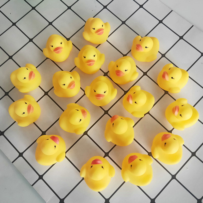 10pcs/lot 4*4*3cm Small Baby Kids Rubber Ducks Bath Toys Bathe Room Water Fun Game Playing Newborn Boy Girl Toys For Children