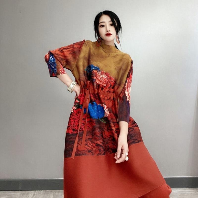 LANMREM 2020 vintage printting pleated dresses famale spring summer new drawstring loose large size dress high quality YJ301