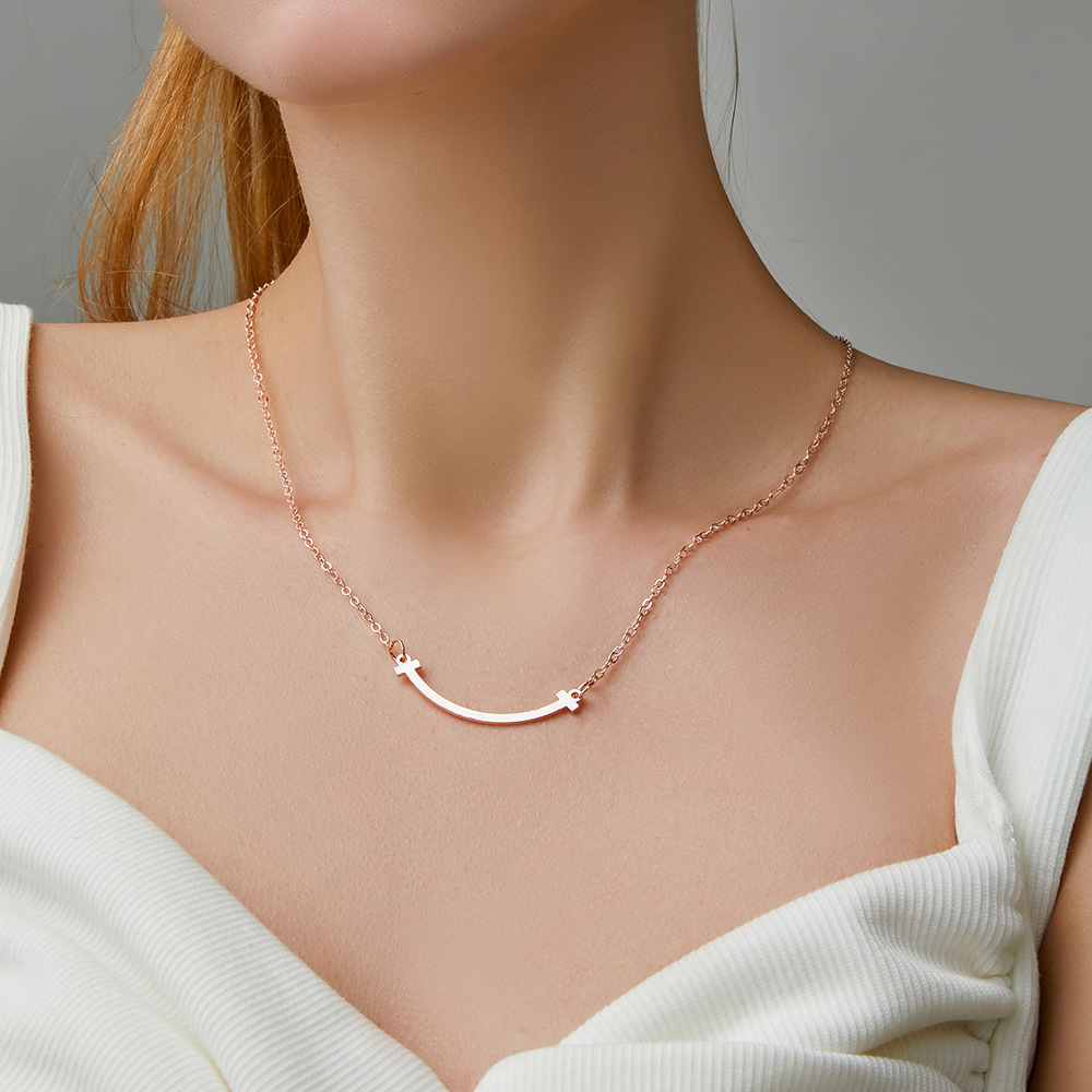 Smile necklace female net red smiley face clavicle chain ins tide simple temperament