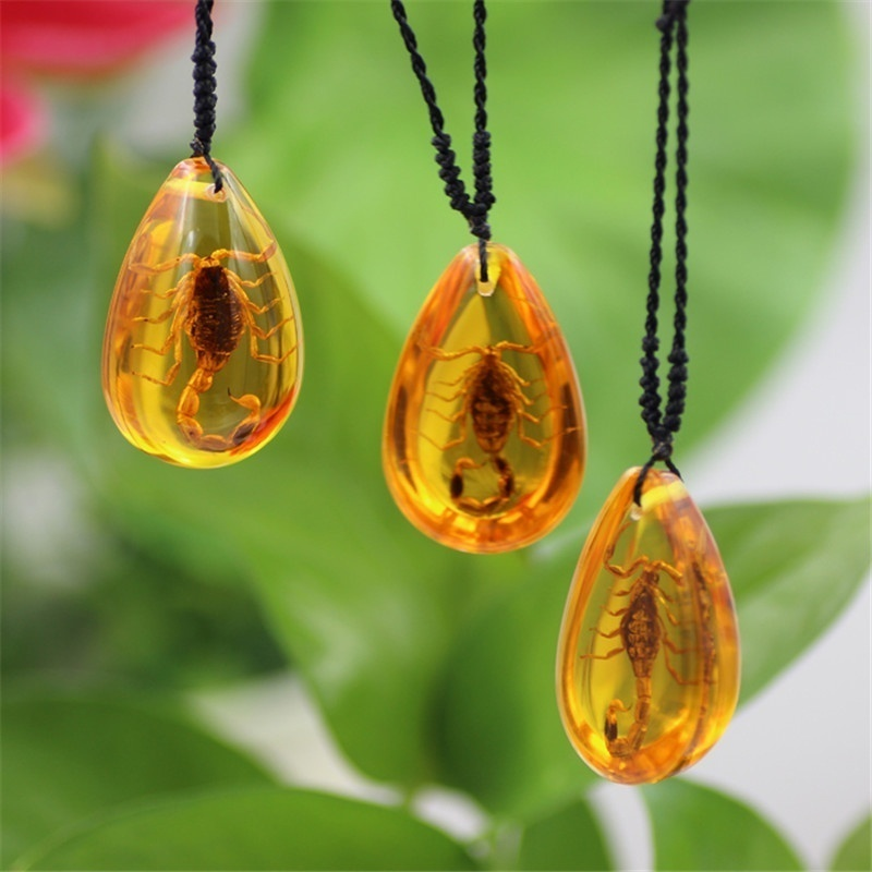 Насекомое Камень Натуральный скорпионы включение Янтарный Прибалтики кулон ожерелье домашний декоративный камень Свадебная вечеринка подарок для путешествий