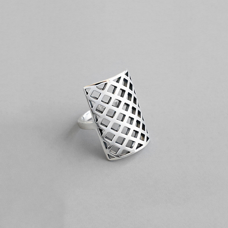 H1cd0dad9d61e4537b7ae5080021d29f1P - 925 Silver Opening Ring For Women Simple Adjustable Retro Hollow Out Shield Square  Jewelry Gift