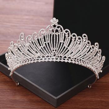 Ślubne akcesoria do włosów Rhinestone tiary ślubne i korony biżuteria ślubna Diadem Diadem Prom ozdoby ślubne na włosy tanie i dobre opinie NoEnName_Null Zinc Alloy Kobiety HG349 PLANT TRENDY Hairwear Moda Metal Rhinestone Bridal Tiaras And Crowns Wedding Hair Accessories