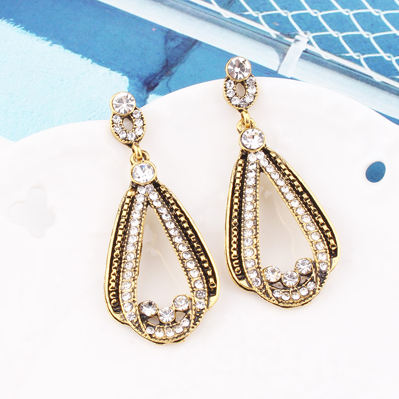 H1cd6728334714319b08ea169343c7a0fU - LUBOV Exaggerated Blue Crystal Lace Golden Metal Chain Dangle Earrings Women Personality Statement Drop Earrings Christmas Gift