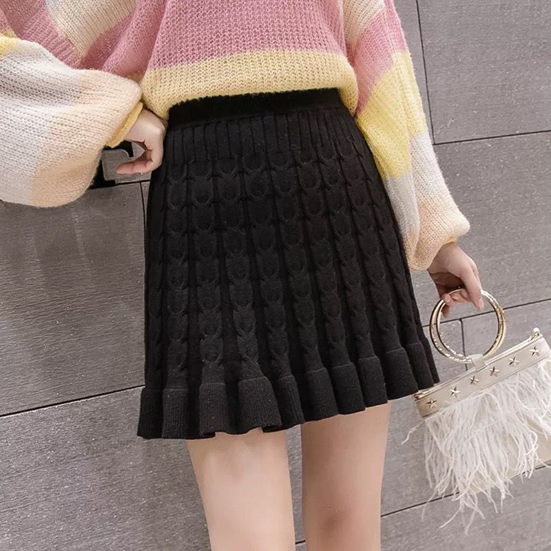 2019 New Style Pleated Skirt Black And White With Pattern High-waisted Yarn Skirt Base A- Line Flounced Short Skirt Knitted Dres