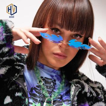 Luksusowa moda ogień płomień okulary kobiety Rimless Wave okulary metalowe odcienie dla rocznika kobiet lustro okulary UV400 tanie i dobre opinie HERVI WOMEN Pilot Dla dorosłych Stop 27mm Z tworzywa sztucznego BC70 70mm