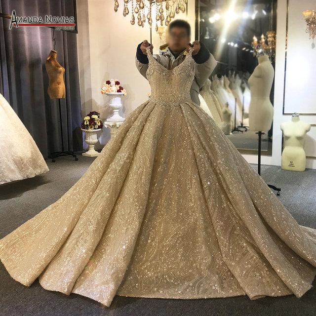 2020 יוקרה ואגלי חתונת שמלת רצועות אמיתי עבודה סדר מותאם אישית