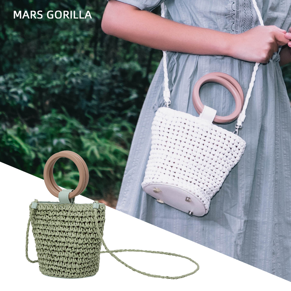 Women Handbags Rattan Straw Shoulder Bag 1