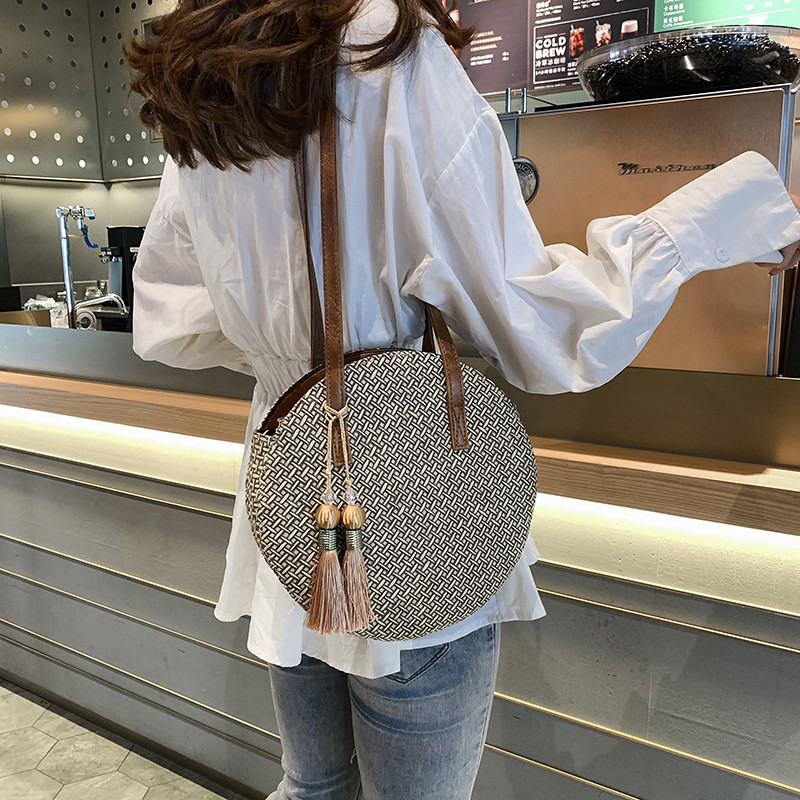 Summer Women Bags Ladies Large Handbag Handwoven Straw Bag Round Popularity Straw Women Shoulder Bag Beach Travel Bags Tote 2019 3