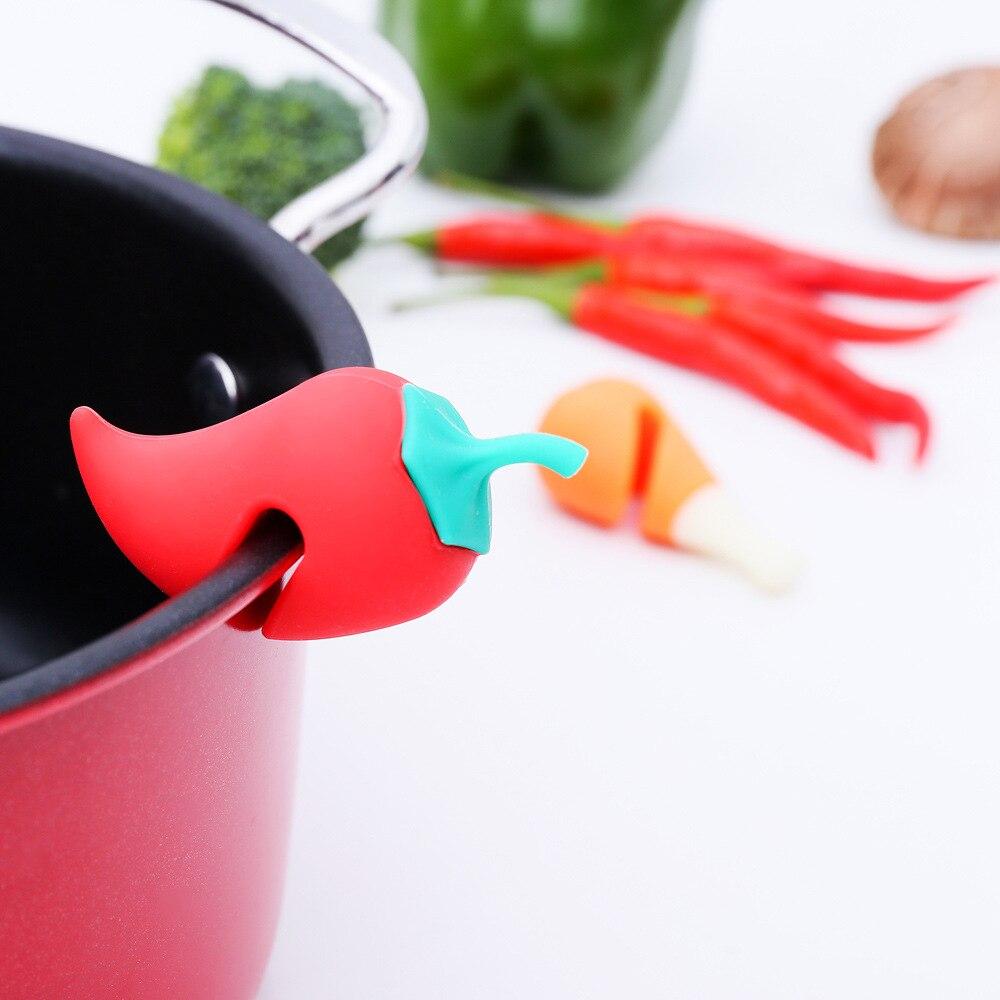 Предотвращение перелива практичные Кухонные гаджеты милый морковный горшок крышки анти-перелив подъемная суповая ложка полка держатель ложка подставки - Цвет: red hot pepper