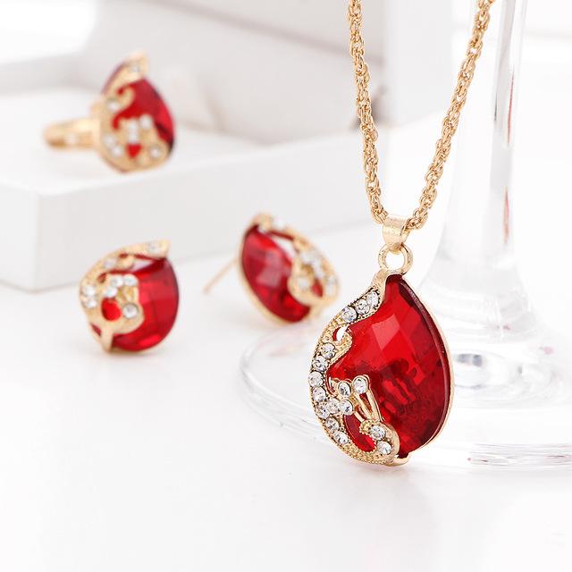 Women's Water Drop Shaped Cubic Zirconia Jewelry Set